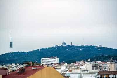 Duplex with large terraces near SagradaFamilia